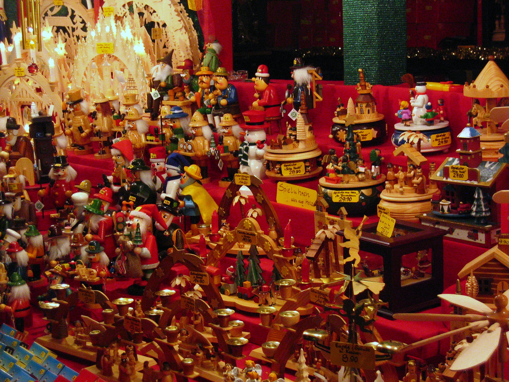 Toys At Christmas : The most popular christmas markets in germany