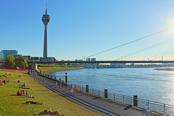 Rheinturm philippjaquet/Flickr