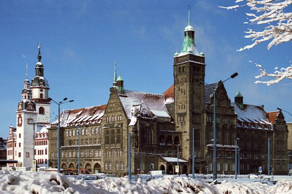 The Old and New City Hall in Chemnitz en.wikipedia.org