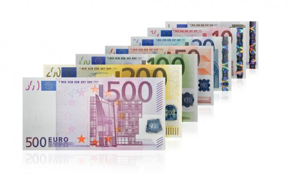 Euro bills Tax Credits/Flickr