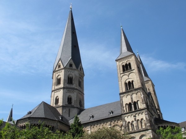 Bonn Minster mbrochh/Flickr