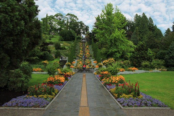 Mainau Island flower beds gravitat-OFF/Flickr