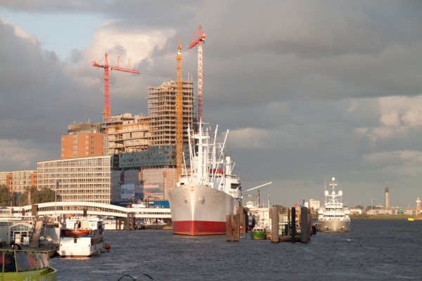 Hamburg port chatchavan/Flickr