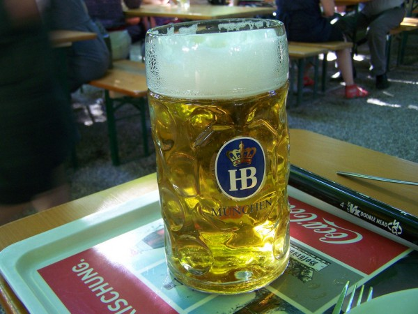 Beer at the Hofbräukeller J-Cornelius/Flickr