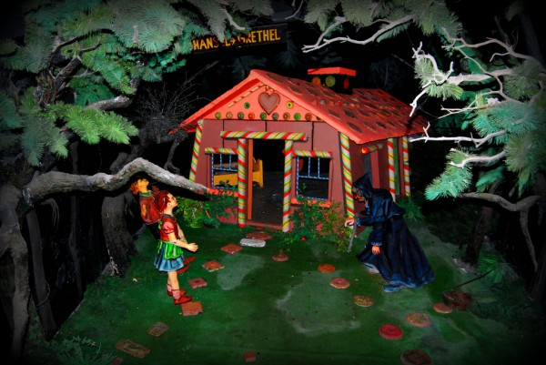 Hansel and Gretel mock-up Paul Lowry/Flickr