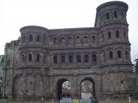 Tourist guide to Trier